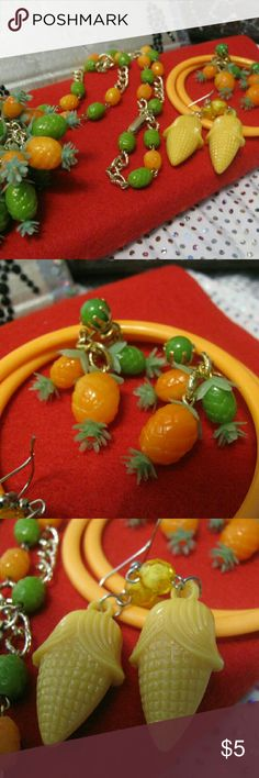 Corn and pineapples Necklace with clip earrings, pieced earrings and bangle bracelets Jewelry