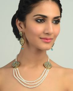 Pakistani Jewelry, Indian Jewelry, Indian Accessories, Jewelry Accessories, Necklace Set, Beaded Necklace, Long Petticoat, Bridal Hair And Makeup, Indian Bridal