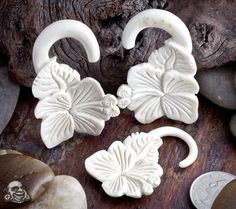 Bone hibiscus design