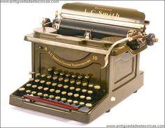 Prototipo de L. C. Smith No. 8-10. 1915. Nunca salió en producción. Never was presented for being sold.   ..rh