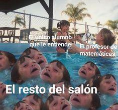 Memes Funny Faces, Funny Video Memes, Stupid Funny Memes, Funny Relatable Memes, Bts Memes, Haha Funny, Hilarious, Funny Spanish Memes, Text Memes