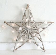 STARS are the charm of the christmas decoration & a christmas decoration is incomplete without the stars in it . WE can decorate the stars on the windows ,the stairs … Christmas Love, Christmas Colors, Christmas Holidays, Celebrating Christmas, Scandinavian Christmas, Christmas Star Decorations, Christmas Crafts, Light Garland, Wooden Stars