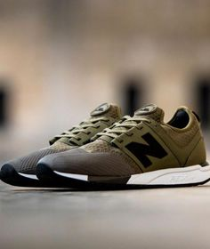 8a785e345df745 New Balance Running Shoes Brown Sneakers
