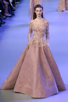 20 minutes - Haute couture: les plus belles robes de mariée - Lifestyle