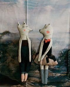 Love this soft sculpture art canvas by Lieschen Mueller! looks like something by whistler plushie does the grand masters surrealist woodland animal style Small World, Handmade Stuffed Animals, Design Textile, Textiles, Wet Felting, Needle Felting, Felting Tutorials, Fabric Birds, Sewing Toys
