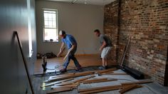 Remodel STL had the opportunity organized by Develop STL & funded by SIPI to renovate, rebuild and remodel the beautiful historic row house located at 911 N Tucker Rd, St Louis MO 63118. The following is a little info about this momentous and creative project saving a old building and making it great again!