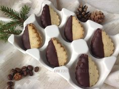 Sweet Desserts, Sweet Recipes, Christmas Treats, Christmas Cookies, Czech Recipes, Cookie Designs, No Bake Cookies, Mini Cupcakes, Baked Goods
