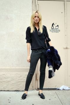 Shirt/Filippa K, Leatherpants/J Brand, Jacket/Elisabeth & James for Barneys, shoes/Tod's