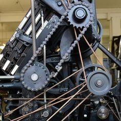 Museumsdetail : Linotype-Mechanik. #museumfuerdruckkunst #hochdruck #buchdruck #letterpress #linotype #maschinensatz #museumsdetail /// Foto: Museum für Druckkunst Leipzig