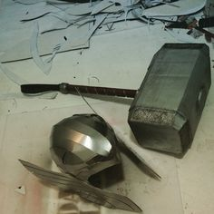 dali-lomo: Thor Helmet DIY, Last Minute Build - free template