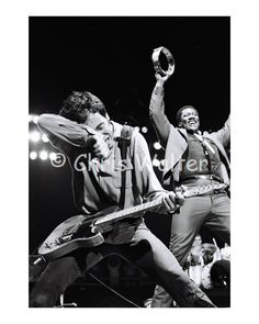 Bruce And The Big Man!  Photo by © Chris Walter. Limited Edition prints at www.rockthebigpicture.com