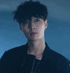 The perfect South Korea KPOP Animated GIF for your conversation. Discover and Share the best GIFs on Tenor. Kyungsoo, Chanyeol, Yixing Exo, Lay Exo, Gif Kpop, Kpop Exo, Wattpad, K Pop, Exo Lucky One