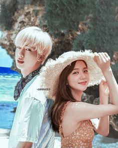 Blackpink Photos, Bts Pictures, Kpop Couples, Cute Couples, Bts Jin, Bts Jungkook, Bts Girlfriends, K Pop, Beach Photography Poses