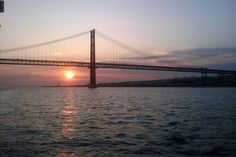 Lisboa Terra, Golden Gate Bridge, Places Ive Been, Portugal, City, Travel, Beautiful, Lisbon, Viajes