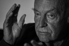 """Em tempos sombrios, Eduardo Galeano fala sobre """"os enviados do reino das trevas"""""""