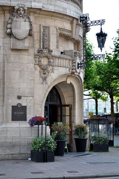 Brasserie Gustav, Antwerp, Belgium | photo: LatteLisa
