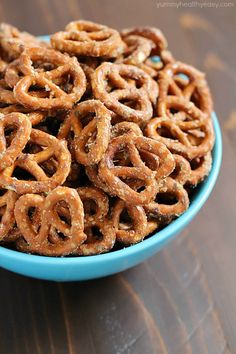 If you're looking for a crazy delicious snack that's both impressive and easy to make, you NEED to make these Easy Ranch Pretzels!! They only have 3 ingredients and are addictingly delish - you can't stop at one handful!