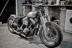 Harley-Davidson FLH Electra Glide 1977 by Terror Cycles