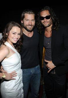 Game of Thrones Cast: Emilia Clarke (Daenerys Targaryen), Nikolaj Coster-Waldau (Jaime Lannister), Jason Momoa (Khal Drogo)