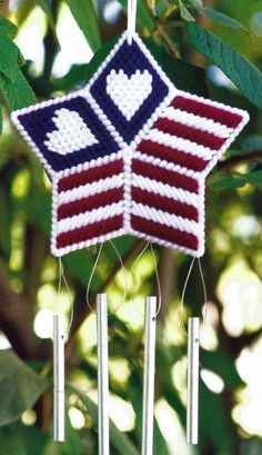 PLASTIC CANVAS ** PATTERN ONLY ** STARS AND HEARTS WIND CHIME ~ SO PRETTY ~ ~ ~  #PATTERNISTAKENFROMAMAGAZINE
