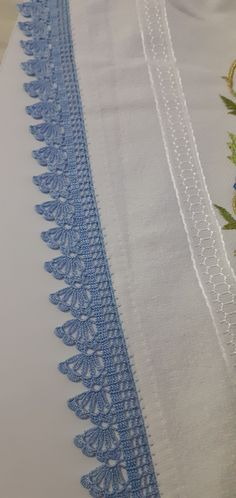 Filet Crochet, Crochet Lace, Crochet Designs, Crochet Patterns, Crochet Edging Tutorial, Crochet Boarders, Pitta, Chrochet, Cross Stitch Designs