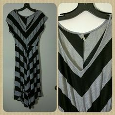 I just added this to my closet on Poshmark: Grey and black dress. Price: $10 Size: M