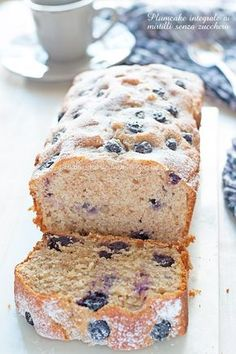 Plumcake integrale mirtilli e yogurt senza zucchero-Una siciliana in cucina Tortilla Sana, Light Cakes, Plum Cake, Healthy Cake, Light Recipes, Stevia, Just Desserts, Food Inspiration, Love Food