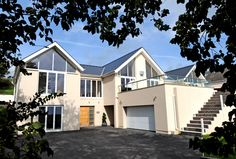 Contempory detahced 5 bedroom luxury house. Eden house is engery efficient. Eden House, Penally.