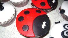 Cupcake coccinella