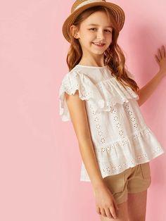 Girls Keyhole Back Ruffle Detail Schiffy Peplum Blouse Fashion News, Kids Fashion, Fashion Women, Fashion Trends, Girls Dresses, Flower Girl Dresses, Girls Blouse, Peplum Blouse, Summer Shirts