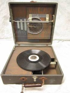 Vintage Ertl Vanity Fair 45 33 Record Player Put The