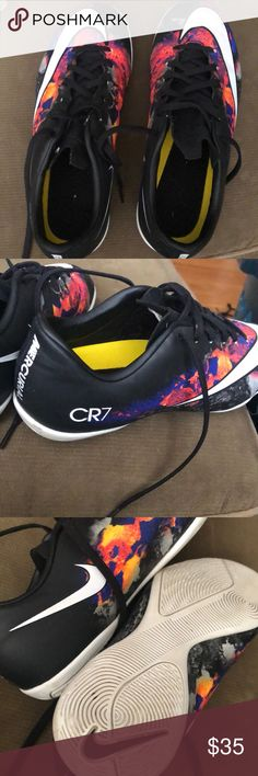 Nike Youth Mercurial CR7 Indoor Soccer Shoes Youth Size 6 boys indoor soccer  shoes. Used 86bf6b4a78abb