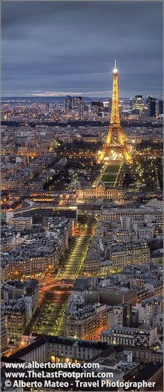 Eiffel Tower beautifully lighted by night. Most cities show their most beautiful face by night... but in Paris this statement is even truer... | Cityscape by Alberto Mateo, Travel Photographer.