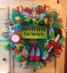 The Great OZ has spoken wreath Wizard Of Oz Gifts, Wizard Of Oz Decor, Wizard Oz, Wizard Of Oz Wreath, The Great Oz, Kansas, Disney Wreath, Broadway, Land Of Oz