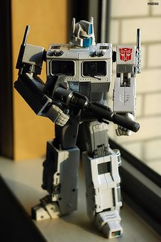 Transformers Masterpiece MP-02 Ultra Magnus