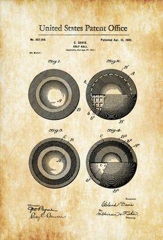 Un cartel de impresión patente de una cubierta de la pelota de Golf inventada por Cleland Davis. La patente fue emitida por la oficina de patentes de Estados Unidos el 15 de abril de 1902. Grabados de patentes le permiten tener un pedazo de la historia en su hogar, oficina, hombre de cueva, guarida de Geek o dondequiera que usted desea añadir un toque interesante. COLORES Y TAMAÑOS Impresiones están disponibles en muchos colores y en todos los tamaños populares. Usted puede seleccionar su…
