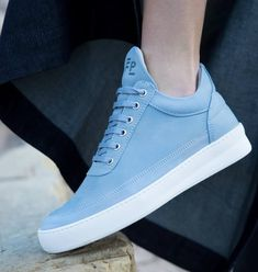 Le showroom en ligne | Kodd Korner Air Force Sneakers, Nike Air Force, Sneakers Nike, Vans Old Skool, Showroom, Shoes, Fashion, Nike Tennis, Moda