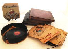 Disques vinyles 78 tours, certains dans albums (quatre au total)Au mieux - Millon & Associés - 07/11/2014