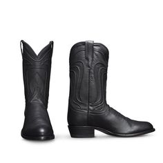 The Cartwright by Tecovas is a traditional cowboy boot, handmade of U. calfskin, featuring an angled heel, signature toe stitching and hand-corded pattern on its shaft. Leather Heels, Leather Men, Western Boots For Men, Western Cowboy, Roper Boots, Cowgirl Boots, Shoe Boots, Shoes, Loafers Men