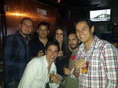 Siempre con los mejores amigos, les encanta divertirse #TheStoryOfUs