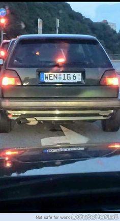 Schnappi auf Autobahn gesehen