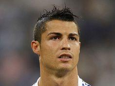 Cristiano Ronaldo frisur mit fauxhawk Stil