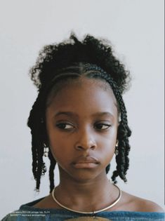 Clip on Femme - Ronan Mckenzie Black Girls Hairstyles, Afro Hairstyles, Hairstyles With Bangs, Curly Hair Styles, Natural Hair Styles, Brown Skin Girls, Black Girl Aesthetic, Grunge Hair, Protective Hairstyles