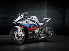 BMW M4 MotoGP Pace Car