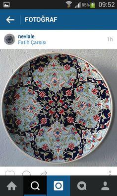 Tile Art, Ceramic Plates, Traditional Art, Glaze, Mandala, Turkey, Ceramics, Tableware, Rocks