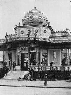 Exposition Universelle 1867. Photo :Bisson jeune (1826-1900). Parc français. Pavillon de l'Empereur, Paris.