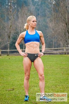 I think runner Renee Metivier Baillie is beautiful Fitness Abs, Love Fitness, Muscle Fitness, Female Bodybuilding, Bodybuilding Workouts, Muscular Legs, Leg Training, Runners World, Gym Girls