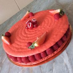 Macaron Cake, Dacquoise, Cookie Desserts, Pavlova, Aesthetic Food, Nom Nom, Caramel, Food And Drink, Cupcakes
