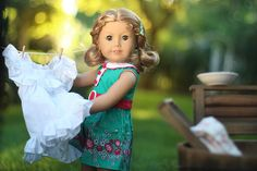 Snister's Flock - Washing day American girl doll Truly Me in Kits Meet dress