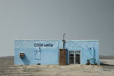 Initially guitarist and road manager on the last tour of the Beatles, Ed Freeman gradually converted himself to commercial and artistic photography. Minimal Photography, Urban Photography, Artistic Photography, Fine Art Photography, Street Photography, Landscape Photography, Abandoned Houses, Abandoned Places, Ed Freeman